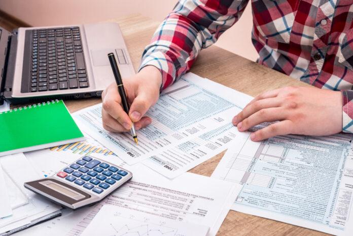 Steuererklärung nicht selbst verfassen - Kredit &  Finanz-Ratgeber